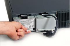 Замена аккумуляторов у ИБП